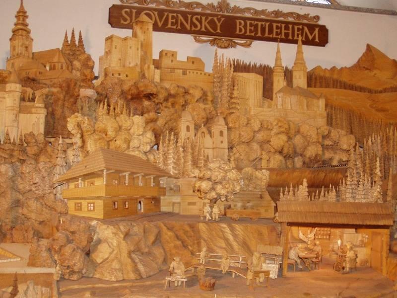 Slovenský drevený betlehem